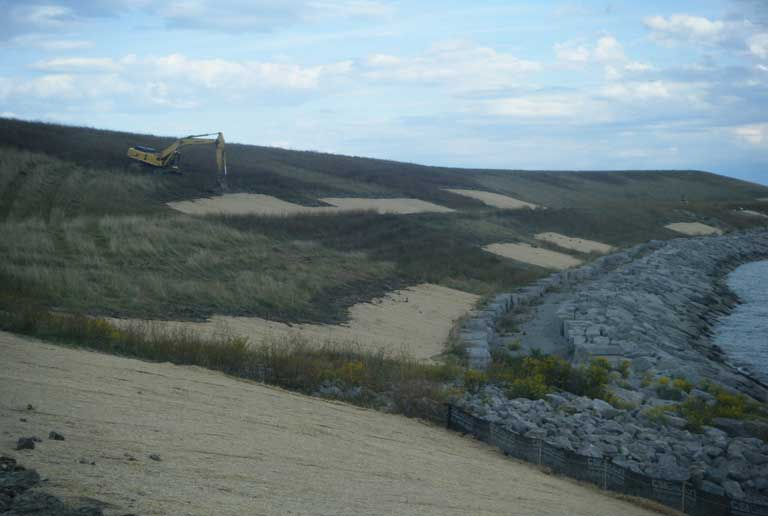 Job Site Services Lake Huron Slope Stabilization project image