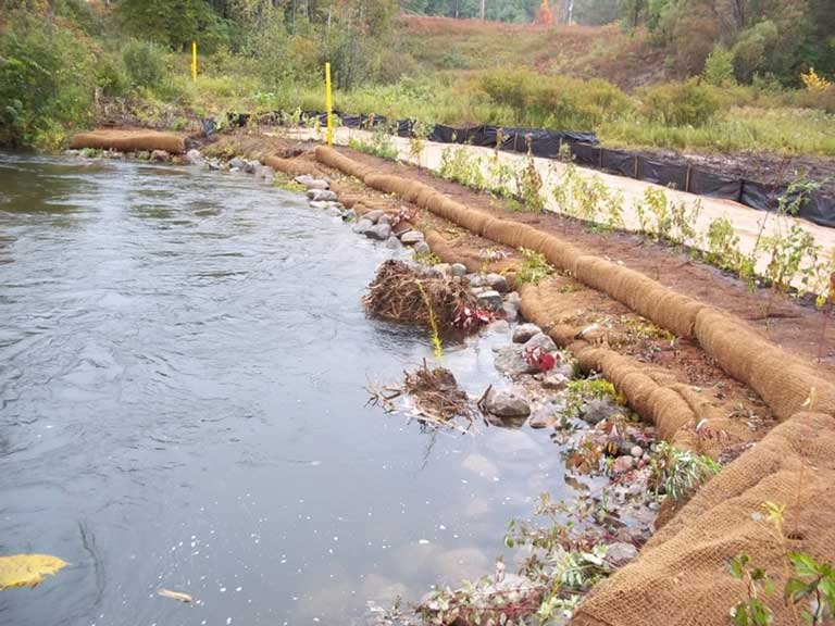Job Site Services Pipeline Riverbank Restoration project image